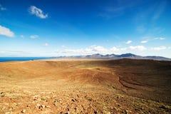 红色山的火山口 图库摄影