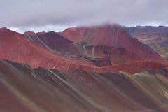 红色山 免版税库存图片