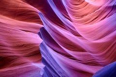 红色岩石在风景羚羊峡谷 库存照片