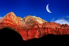 红色岩石峭壁面孔Zions国家公园犹他原野山 免版税库存图片
