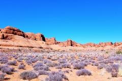 红色岩石montains 库存照片