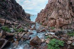 红色峡谷在Teriberka 免版税库存照片