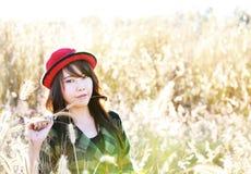 红色帽子俏丽的girl02 免版税图库摄影