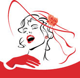 红色帽子的端庄的妇女与面纱和玫瑰 免版税库存图片