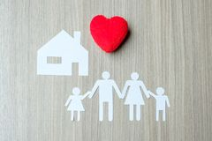 红色心脏、家庭和议院 库存图片