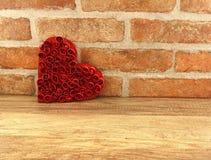 红色心脏倾斜 免版税库存图片