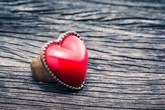 红色心脏圆环 免版税图库摄影