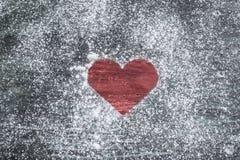 红色心脏情人节假日爱您心脏问候困厄的木头 库存图片