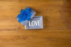 红色心脏我爱你活激情礼物幸福关心激情R 库存照片