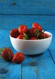 红色成熟草莓 免版税库存照片
