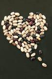 从豆的心脏形状 免版税库存照片