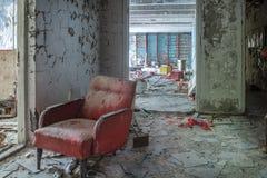 红色扶手椅子 图库摄影