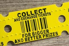 红色拱廊奖票 免版税库存照片