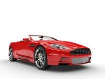 红色敞篷车体育车的正面图特写镜头 免版税图库摄影