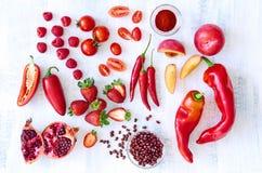 红色新鲜农产品蔬菜和水果 库存照片
