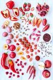 红色新鲜农产品蔬菜和水果 免版税库存图片