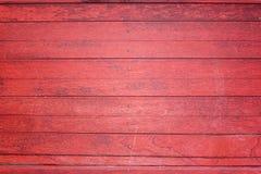红色木头纹理。 库存照片