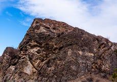 红色沙漠石头峰顶 库存照片