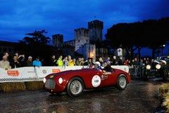 红色法拉利106 MM, 1949年,在1000 Miglia期间在西尔苗内 库存照片