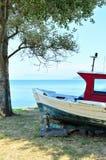 红色渔船 免版税图库摄影