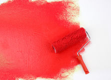 红色漆滚筒 免版税库存照片