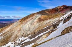 红色火山口侧视图在东格里罗国家公园,新的热忱 库存图片