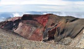 红色火山口Tongariro 免版税库存照片