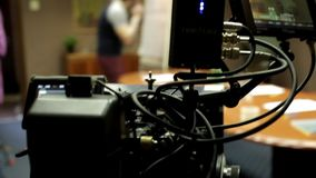 红色照相机在使用中 股票录像