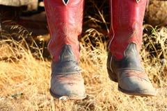 红色牛仔靴 免版税库存图片