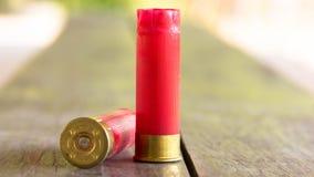 红色猎枪弹框 免版税库存照片