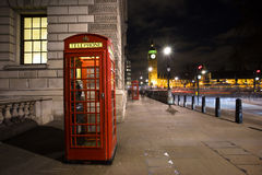红色电话亭,大本钟 免版税图库摄影