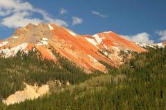 红色的山 库存照片