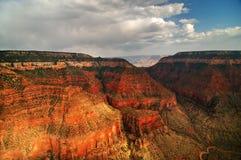红色的峡谷 免版税库存图片
