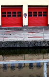 红色的门 免版税库存照片