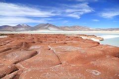 红色石头在阿塔卡马沙漠,智利 免版税库存图片
