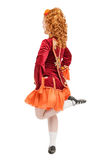 红色礼服的美丽的妇女爱尔兰语的跳舞跳被隔绝 B 免版税图库摄影
