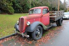1940红色福特卡车 免版税库存照片