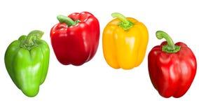 红色绿色黄色喇叭花胡椒,道路 免版税库存图片