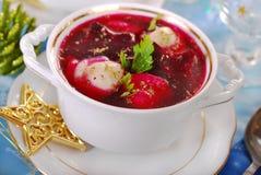 红色罗宋汤用圣诞节的馄饨 图库摄影