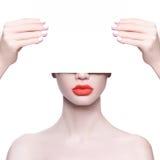 红色美丽的嘴唇 免版税库存图片