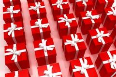 红色背景的giftboxes 免版税库存照片