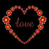 红色花和在黑色隔绝的爱文本的美好的心脏 保存与裁减路线 免版税图库摄影