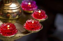 红色莲花蜡烛 免版税库存照片