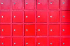 红色衣物柜 免版税库存照片