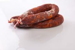 红色被治疗的加调料的口利左香肠 免版税图库摄影