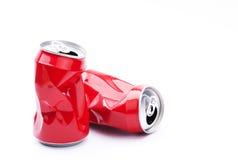 红色被击碎的罐头 库存照片