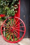红色轮子 免版税库存照片