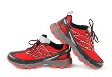 红色连续体育鞋子 免版税图库摄影