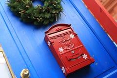 红色邮箱 免版税图库摄影