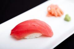 红色金枪鱼寿司 图库摄影
